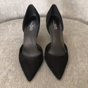 Aldo Black suede pumps